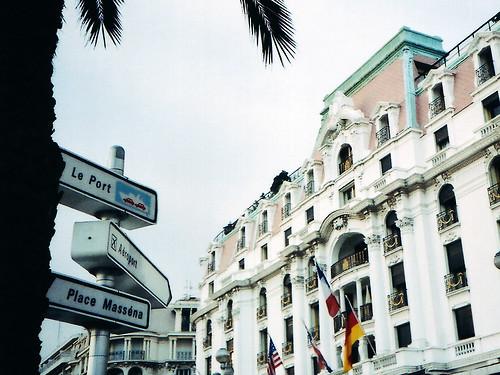 Paddock Café :: Côte d'Azur のホテル・ネグレスコ