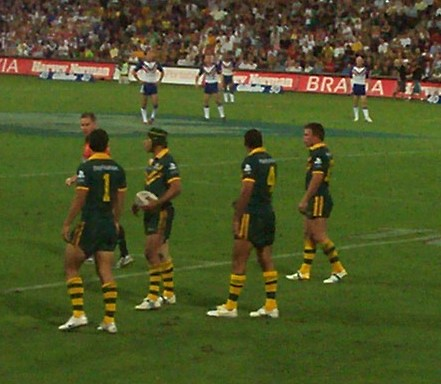 Australia regroups in defence - Kangaroos v British Lions Rugby League Test Match - Lang Park (Suncorp Stadium), Brisbane, Australia, November 18th 2006