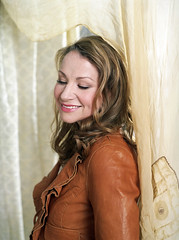publicity photo of Joan Osborne