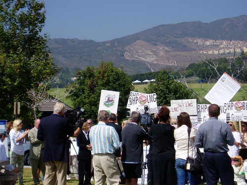 Malibu protests LNG terminal