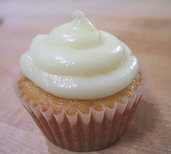 triple ginger cupcake 3
