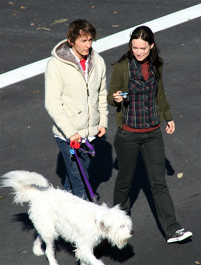 Olivia Wilde, Tao Ruspoli and Paco the Old Navy Dog
