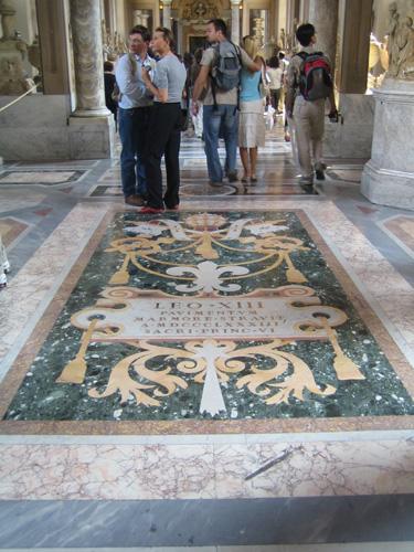 梵蒂崗博物館地板花飾