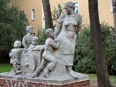 Frau mit fünf Kindern