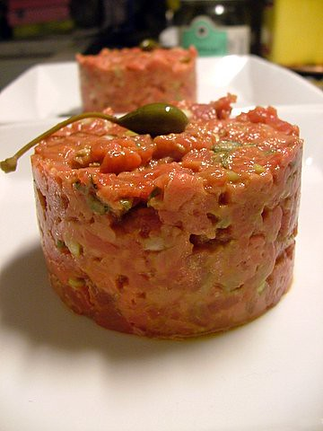 Anthony Bourdain's recipe:Steak Tartare