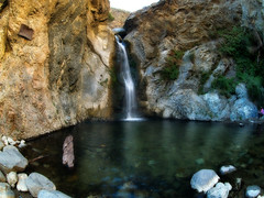 Eaton Canyon Falls photo by Muzzlehatch