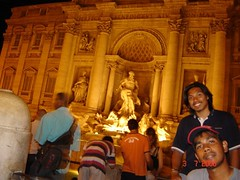 Fontana di Trevi di Waktu Malam, Rome, Italy