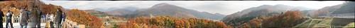 月山湖全景照