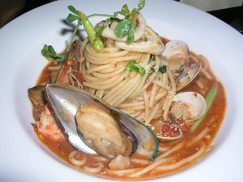 20061125_「靴子」義大利餐館_海鮮總匯義大利麵