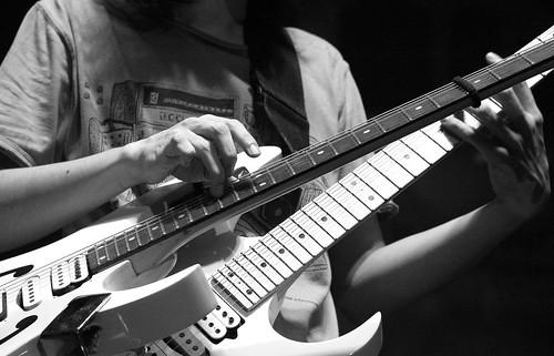2 Guitars