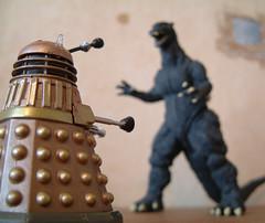 Godzilla vs The Mutant From Skaro photo by Kaptain Kobold