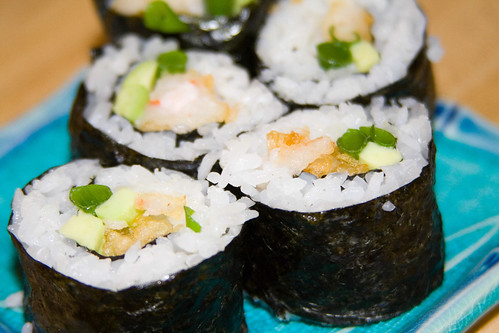 how to make shrimp sushi roll