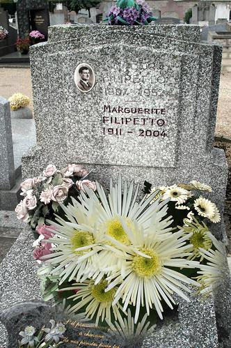 J'ai fleuri sa tombe