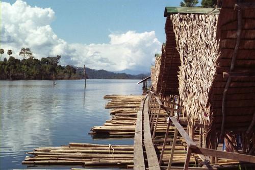 raft_houses2_2