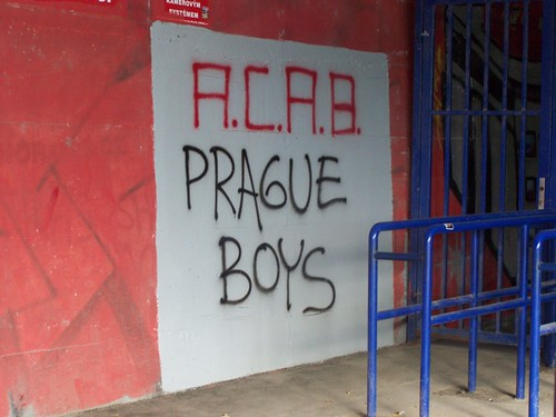 5131372052 e674085cf1 Stadions en wedstrijd Praag