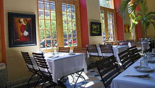 Interior Cafe Suron2