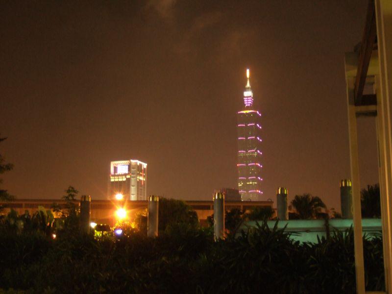 街景-寂寞的台北101