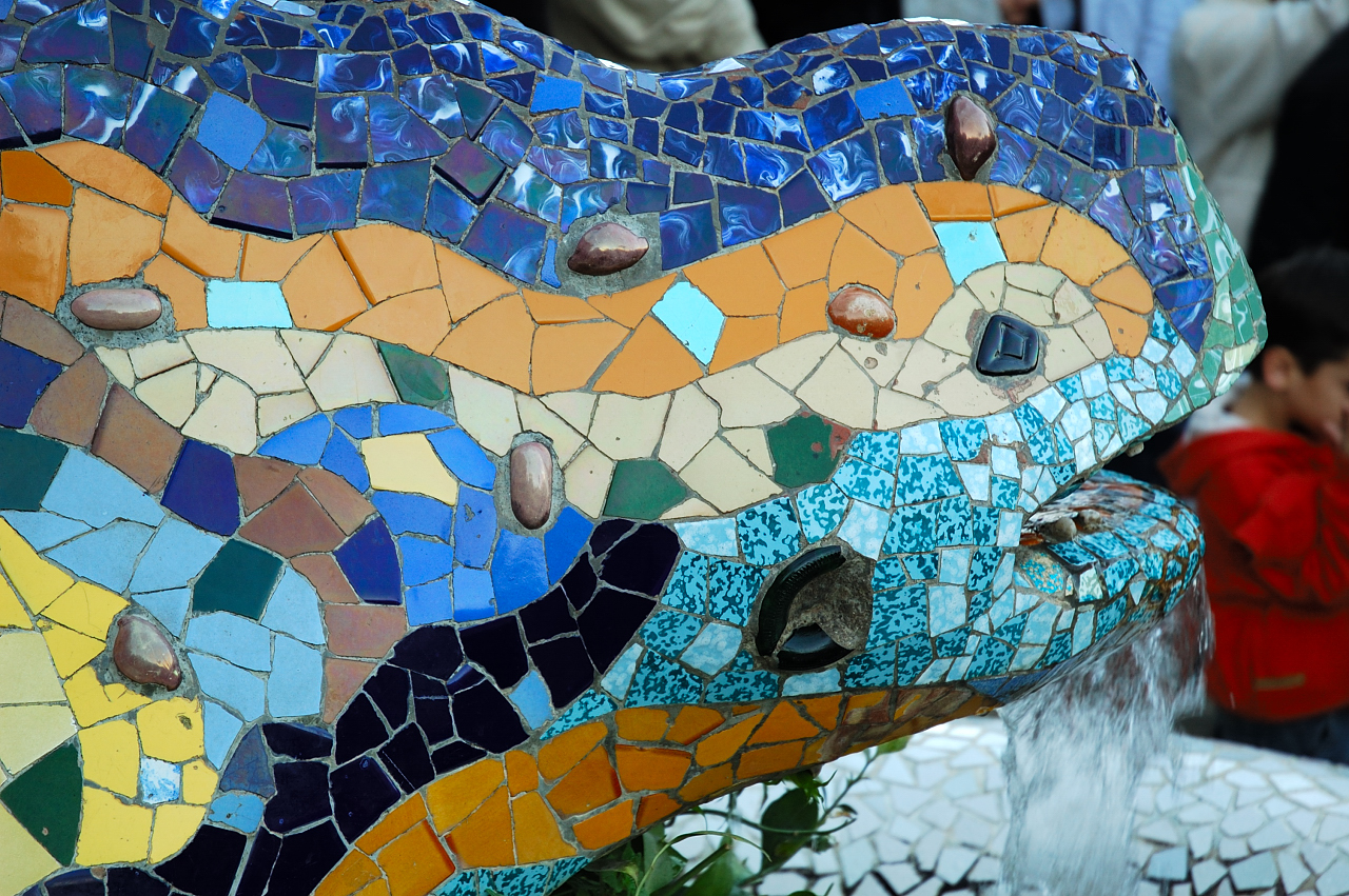 Gaudi and Surrealism: Gaudi and surrealism : Motion ...