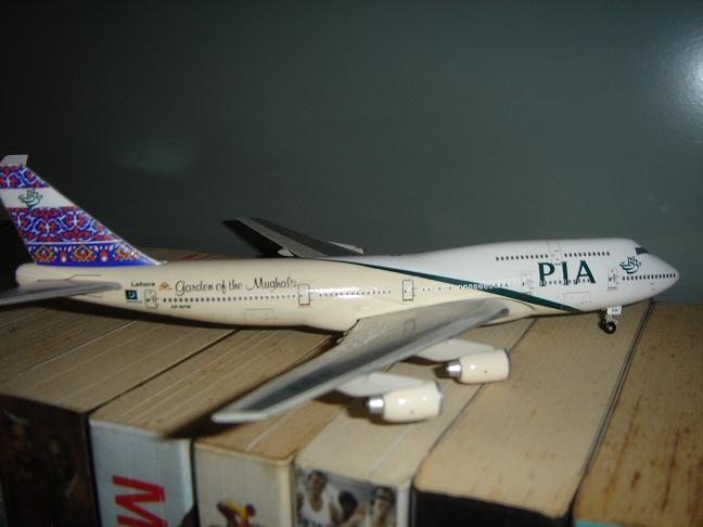 18 Pakistan 747