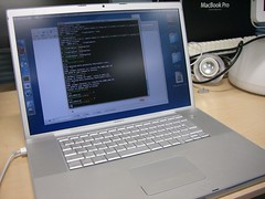 Mac Book Pro 17inch in lab