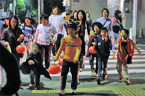 Azabu Halloween 2006-02