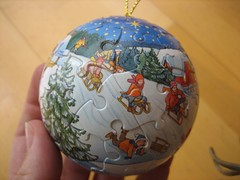 Christmas puzzle ball (2)