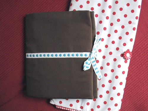 dotty needle cases