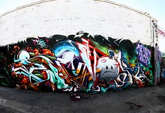 revok photo by 落書き