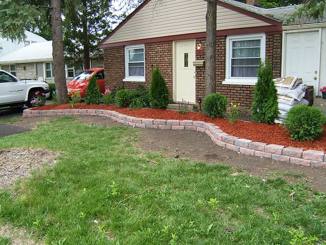 Home Depot Pavestone Retaining Wall Submited Images Pic2Fly