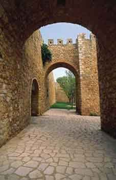 123_Algarve---Lagos-City-Walls[1]
