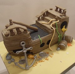 Sunken Pirate Ship Cake photo by purecakes (lizzie)