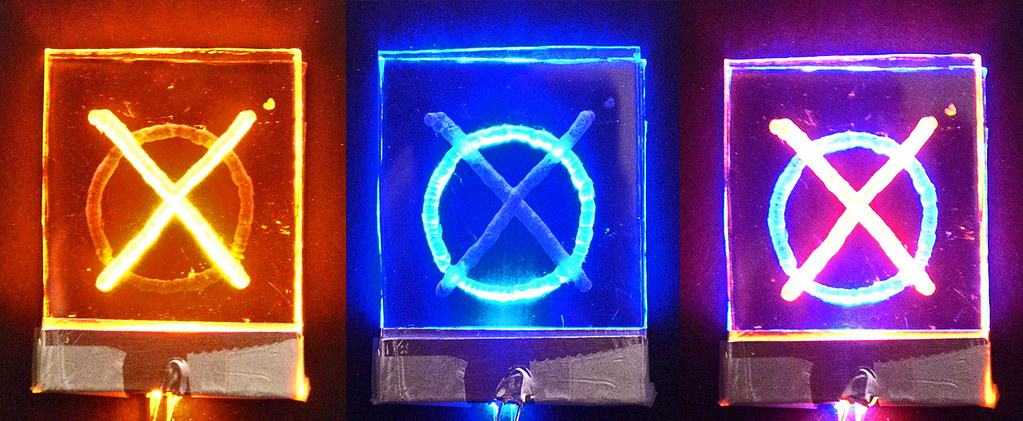 Edge Lighting: Tic Tac Toe