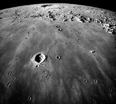 668px-Mare_Imbrium-Apollo17