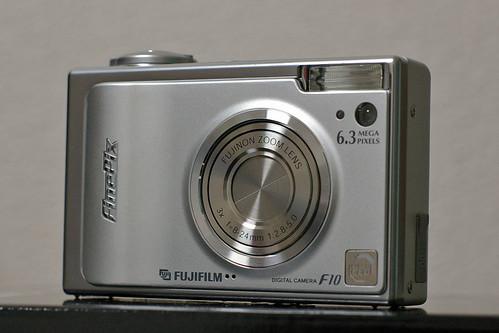 FinePix F10 購入