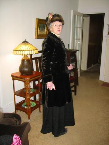 victorian mom