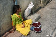 神象島賣水果的小女孩