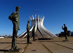 CATEDRAL - BRASILIA  - FLICKR photo by claudio.marcio2