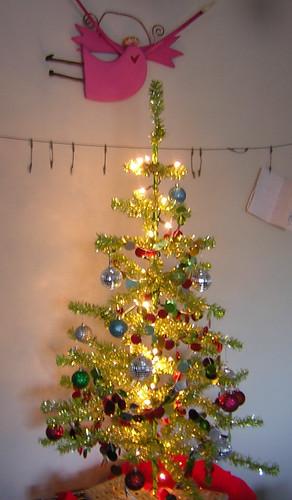 tinsel tree 2