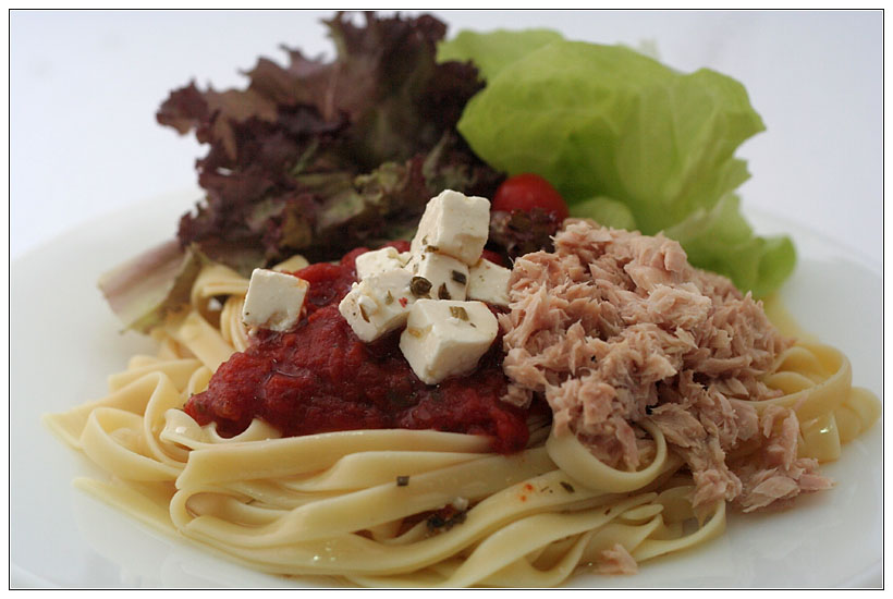 Pasta with Feta Cheese & Tuna