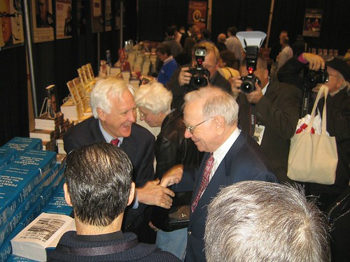 05-05-06 Berkshire Hathaway Shareholders Meeting 0471
