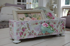 Shabby Mosaic Box photo by bellawood