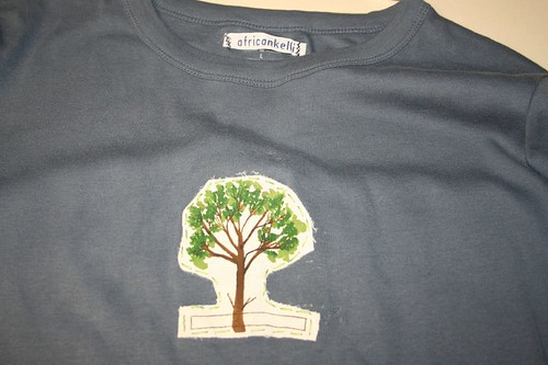 everyone wants a tree tshirt