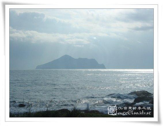 台東-車上拍的-龜山島吧