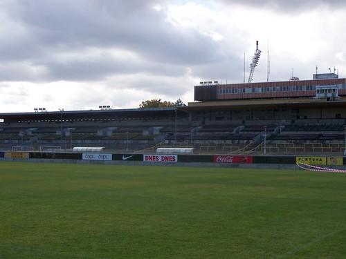 5130776983 7f0f0b69f3 Stadions en wedstrijd Praag