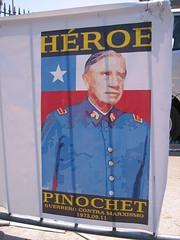 Pinochet is a hero sign