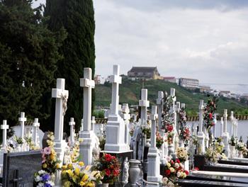 tumbas2
