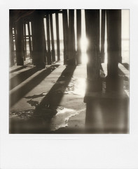 pier again photo by moucri