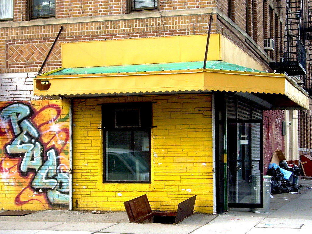 yellow corner, east new york