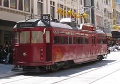"""[解ç""""] WorldWise:Wheels & More Wheels_(7) Tramcar Restaurant"""