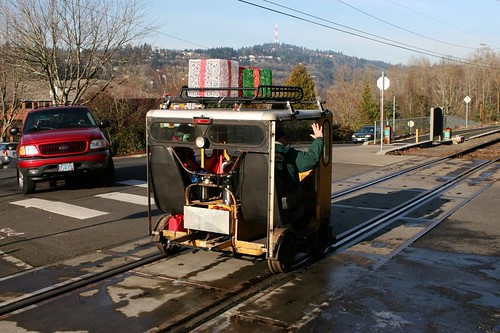speeder at Sellwood crossing